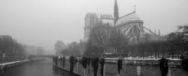 Photos de Notre Dame de Paris, sous la neige de Noël