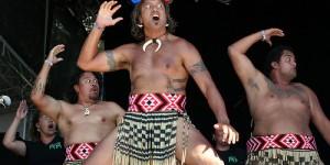 Le HAKA, danse Maori – Nouvelle Zélande