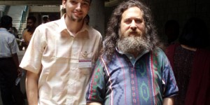 I got it… Stallman picture! :-)